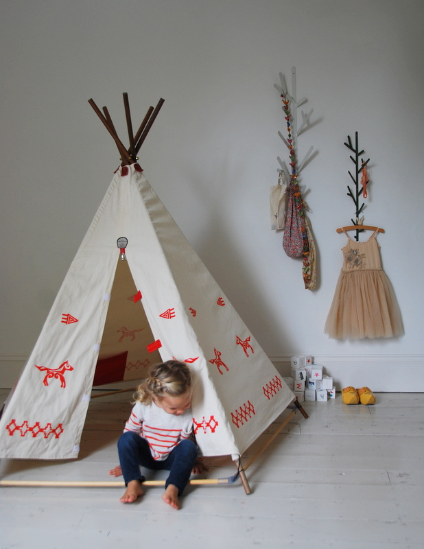 teepees babyccino kids daily tips children 39 s products craft ideas recipes more. Black Bedroom Furniture Sets. Home Design Ideas