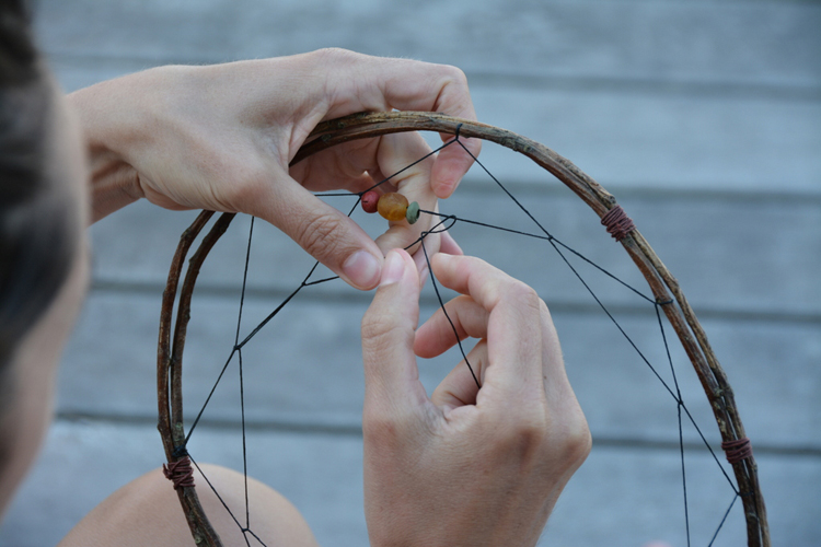 Make your own dreamcatchers babyccino kids daily tips for How to tie a dreamcatcher web