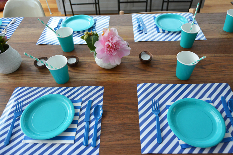 blue table setting Babyccino Kids: Daily tips, Children\'s products ...
