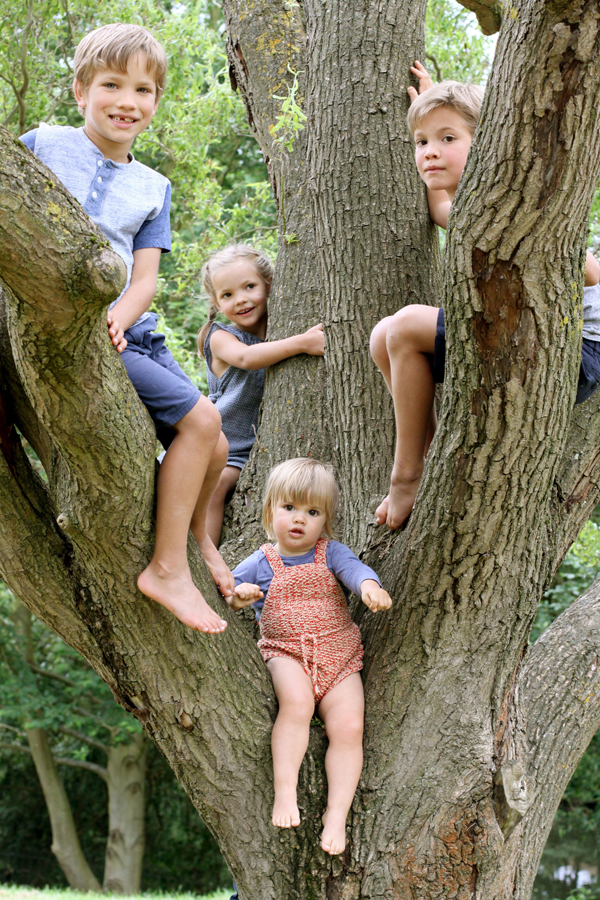 four kids in tree_small
