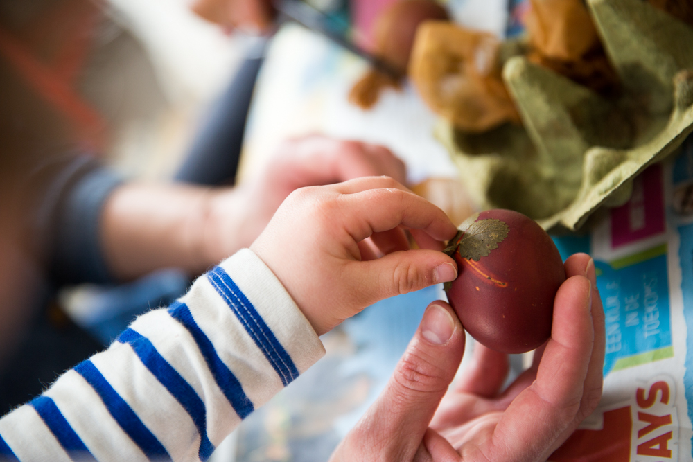 The Little Things by Babyccino Kids , making orthodox easter eggs