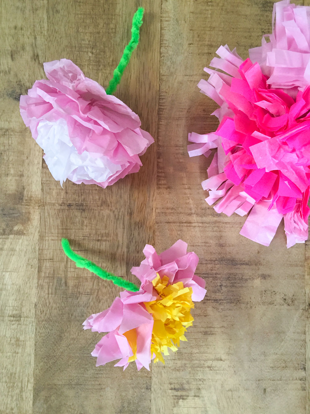 Tissue paper flowers babyccino kids daily tips childrens products i hesitated to post this diy because well its not particularly original i imagine weve all made paper flowers at some point at home or in school and mightylinksfo