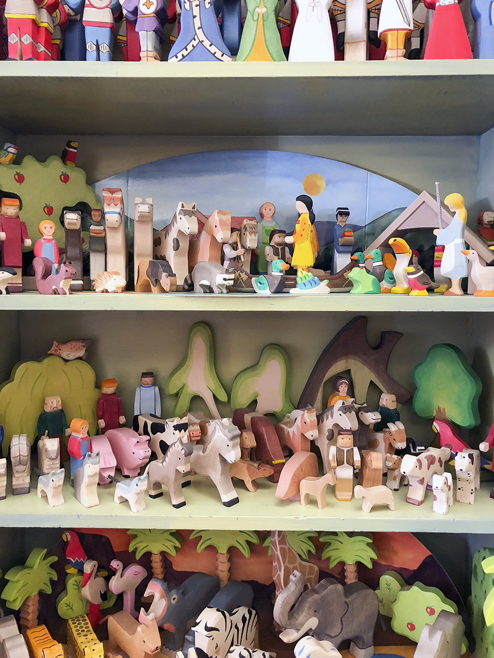 the acorn toy store -- a favourite toy shop in santa monica