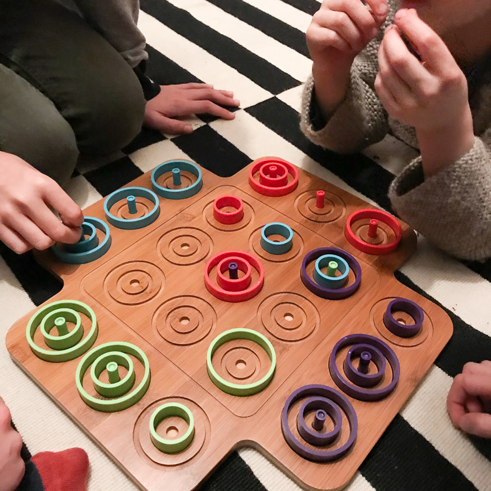 Otrio -- a super simple but incredibly fun strategy game! Babyccino